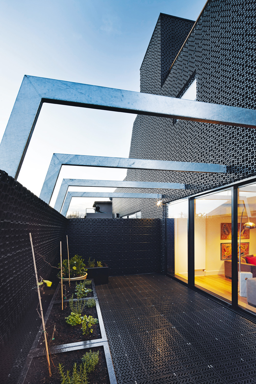 Grand Designs Australia: Back In Black