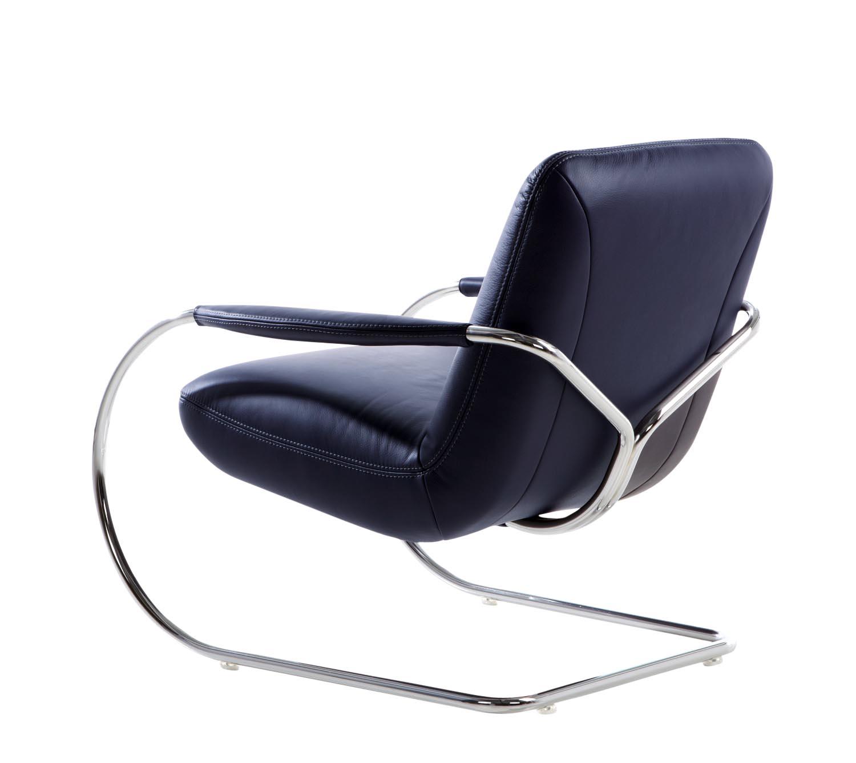 beyond-armchair-jingle-leather_1