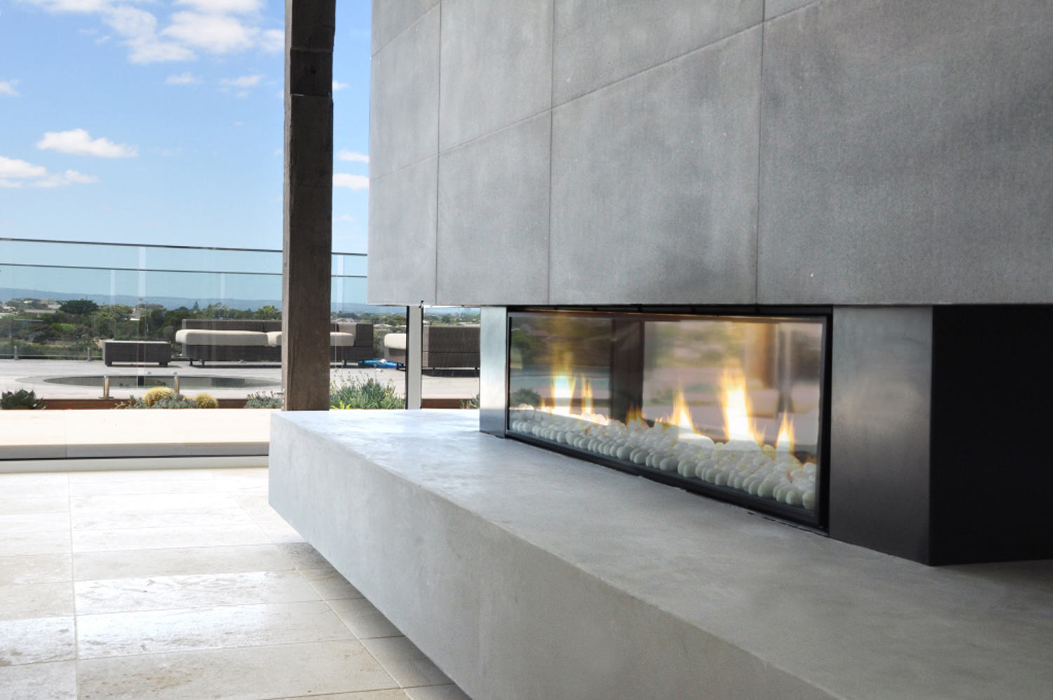 The Escea DX1500 gas fireplace