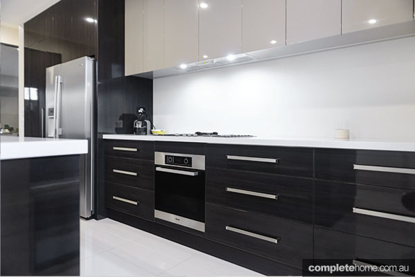 Dynamically different a modern kitchen design completehome for Alby turner kitchen designs