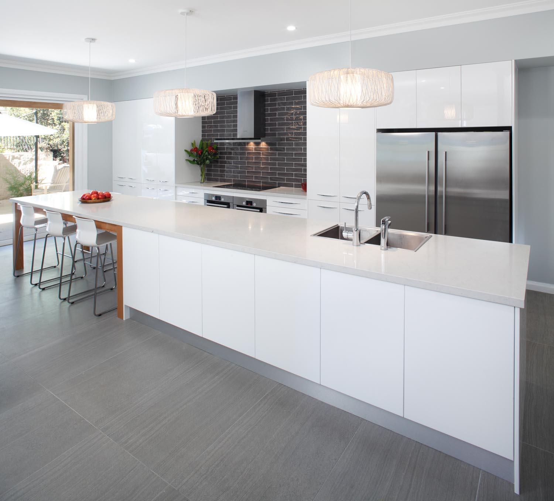 Bright Kitchen: Light And Bright Kitchen