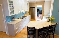 Warm and welcoming: kitchen design