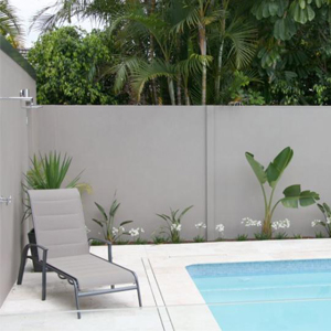 A safe and stunning poolside fence 2
