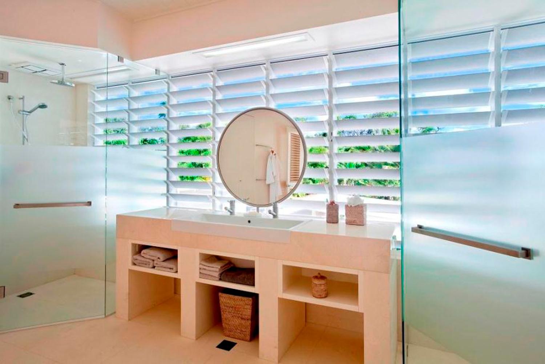 Altair Louvres in Bathrooms behind mirror