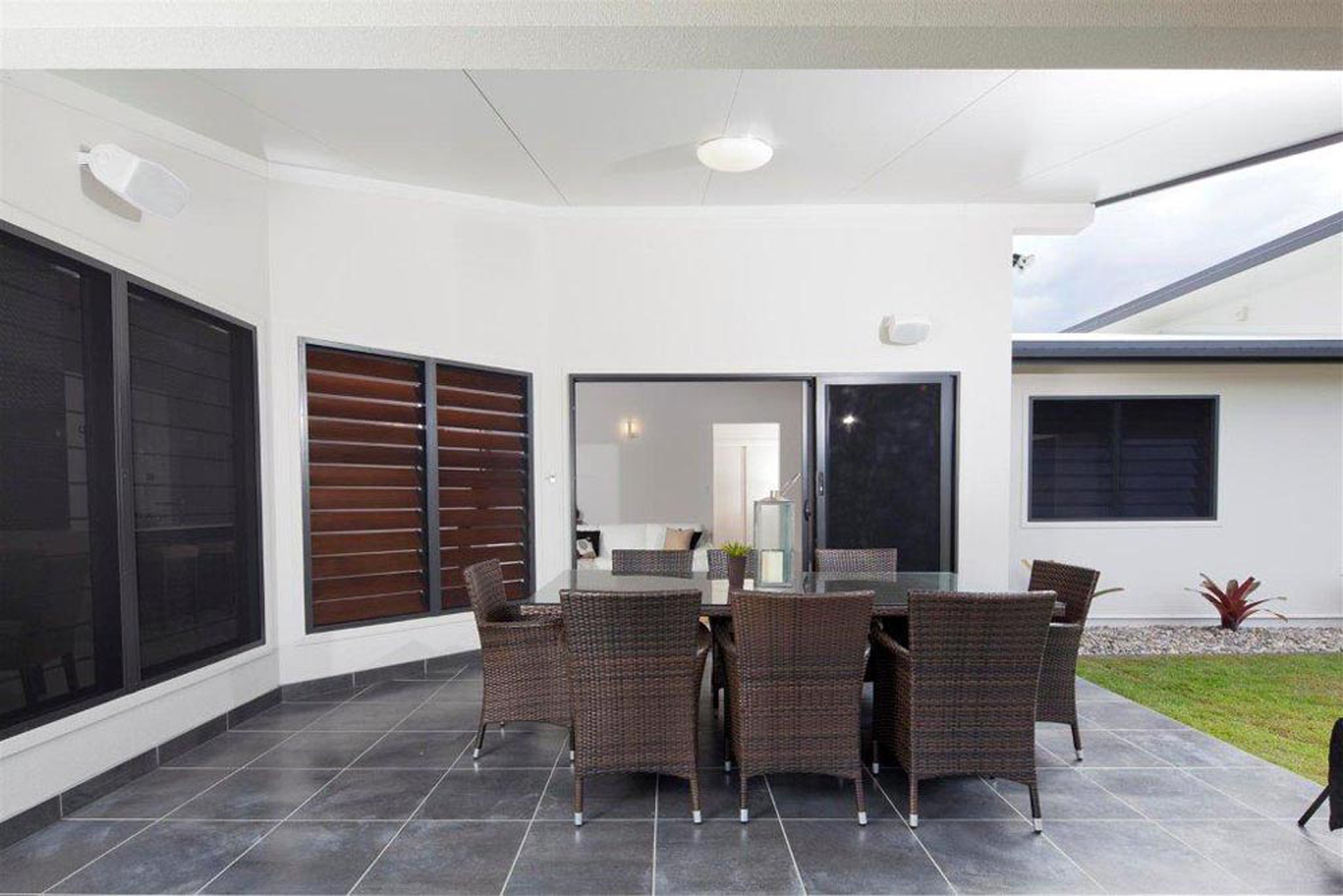 Breezway Louvre Windows and Screening Options