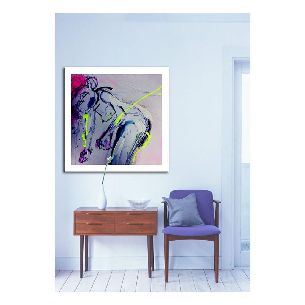 ELESANDRA_SQ room - LENNI MOE WEBBER