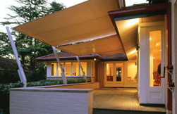 OutriggerAwnings_RetractableAwnings_FeaturedImage