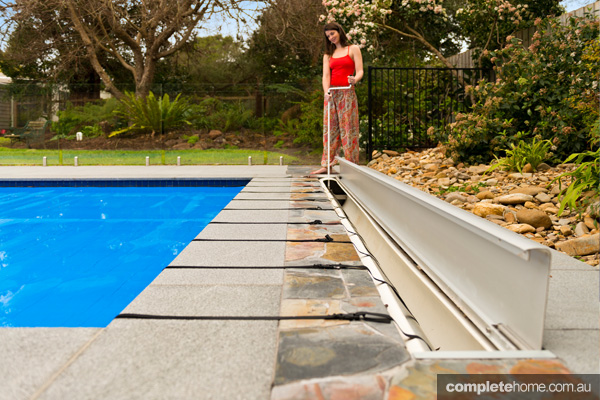 Sunbather inground pool cover completehome for Stand up pool