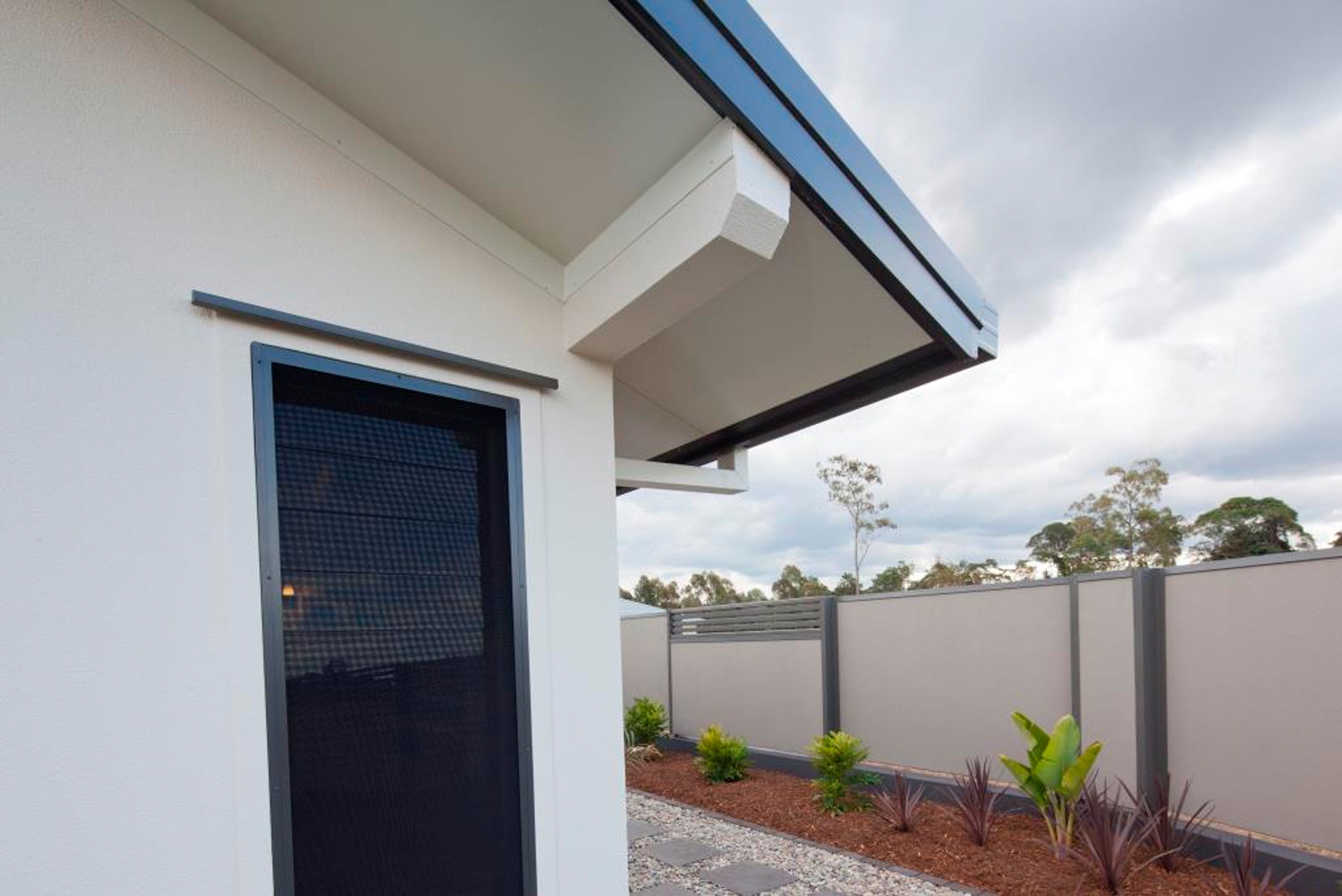 The benefits of screening your Breezway Louvre Windows