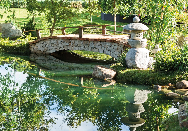 Melbourne international flower garden show tea garden for Garden designs melbourne