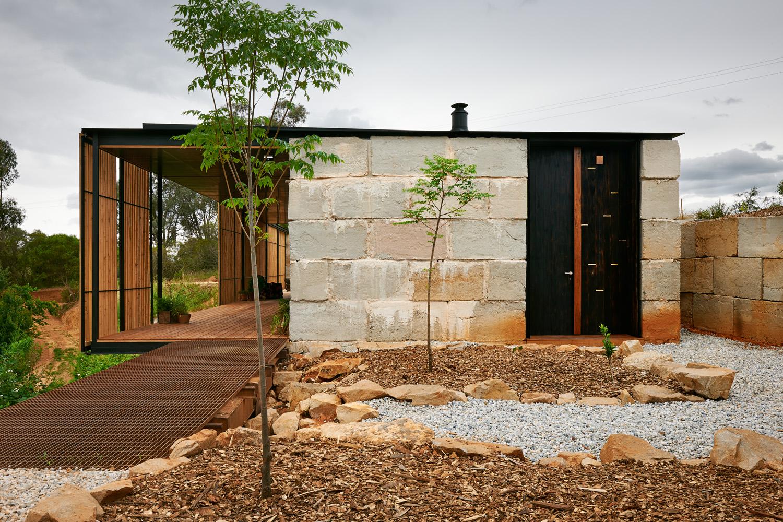 Grand Designs Australia Series 5 - Yackandandah House