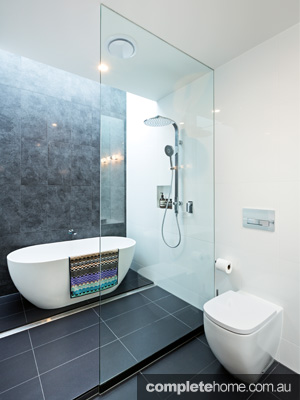 Beautiful and bright bathroom completehome for Bathroom designs reece