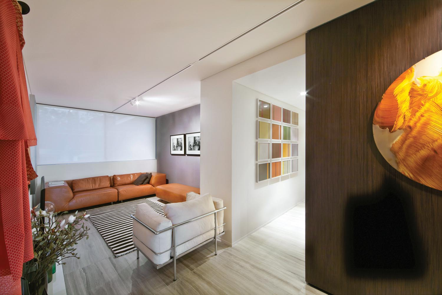 Displaying a varied art collection is a great way to liven up a space as well as create personality