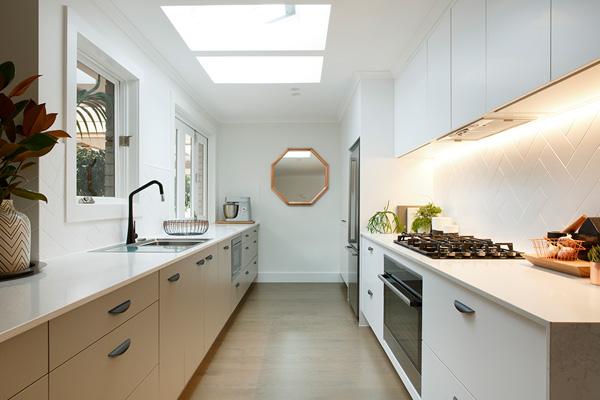 Choosing Kitchen Handles Completehome