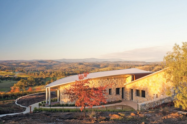 Vineyard House by Sheppard & Dwyer Architects