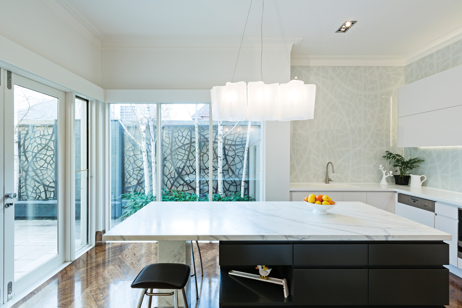 A fresh look: kitchen renovation - Completehome