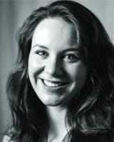 Jennifer Hoddinett Photo (blackWhite)