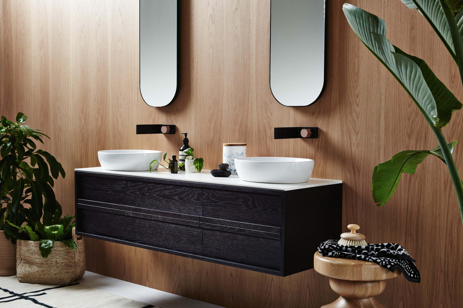 ISSY Z8 6 Drawer Vanity 1500 and ISSY Z1 Oval Mirror 380 (in situ side angle)