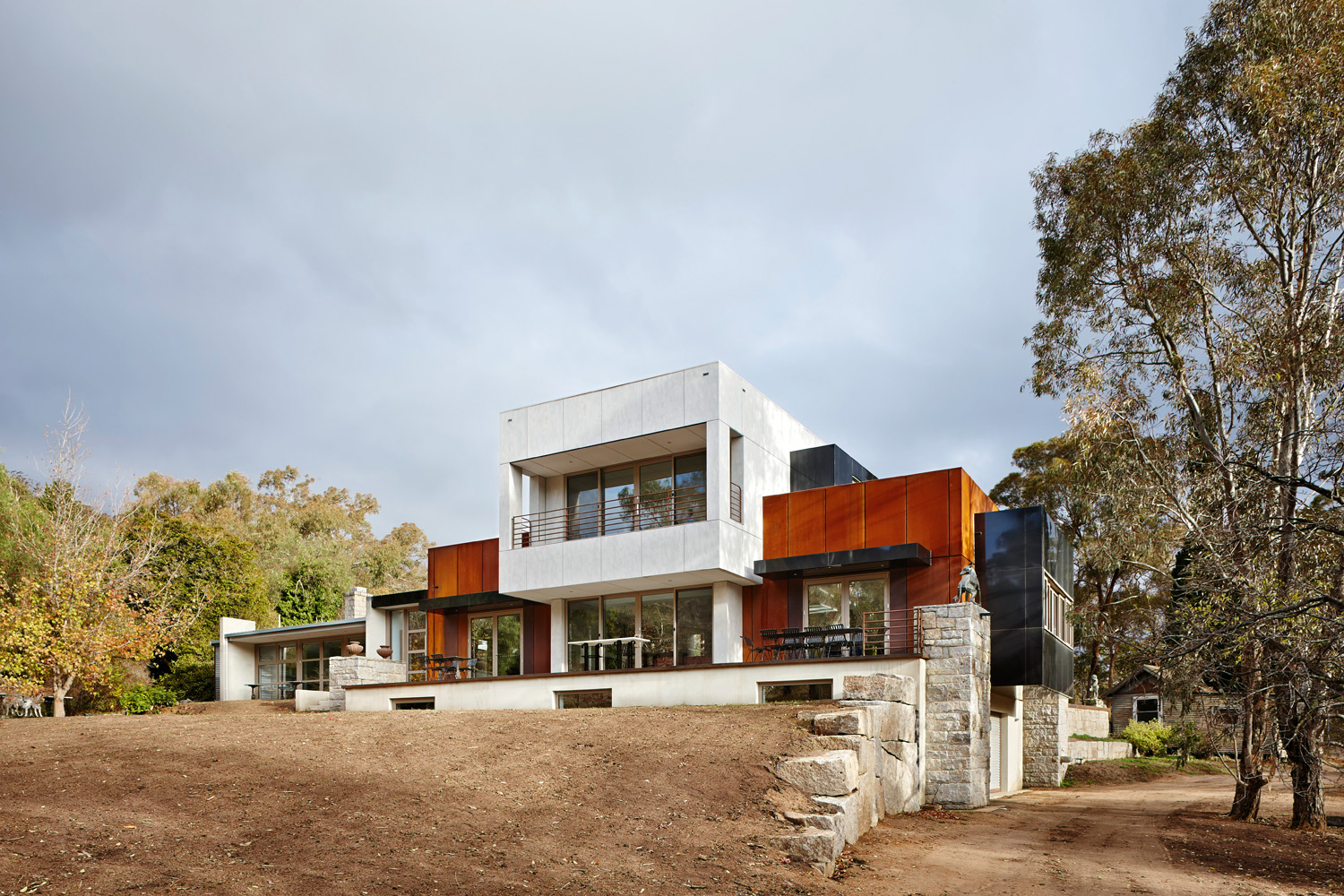 Grand Designs Australia Rock Steady Completehome