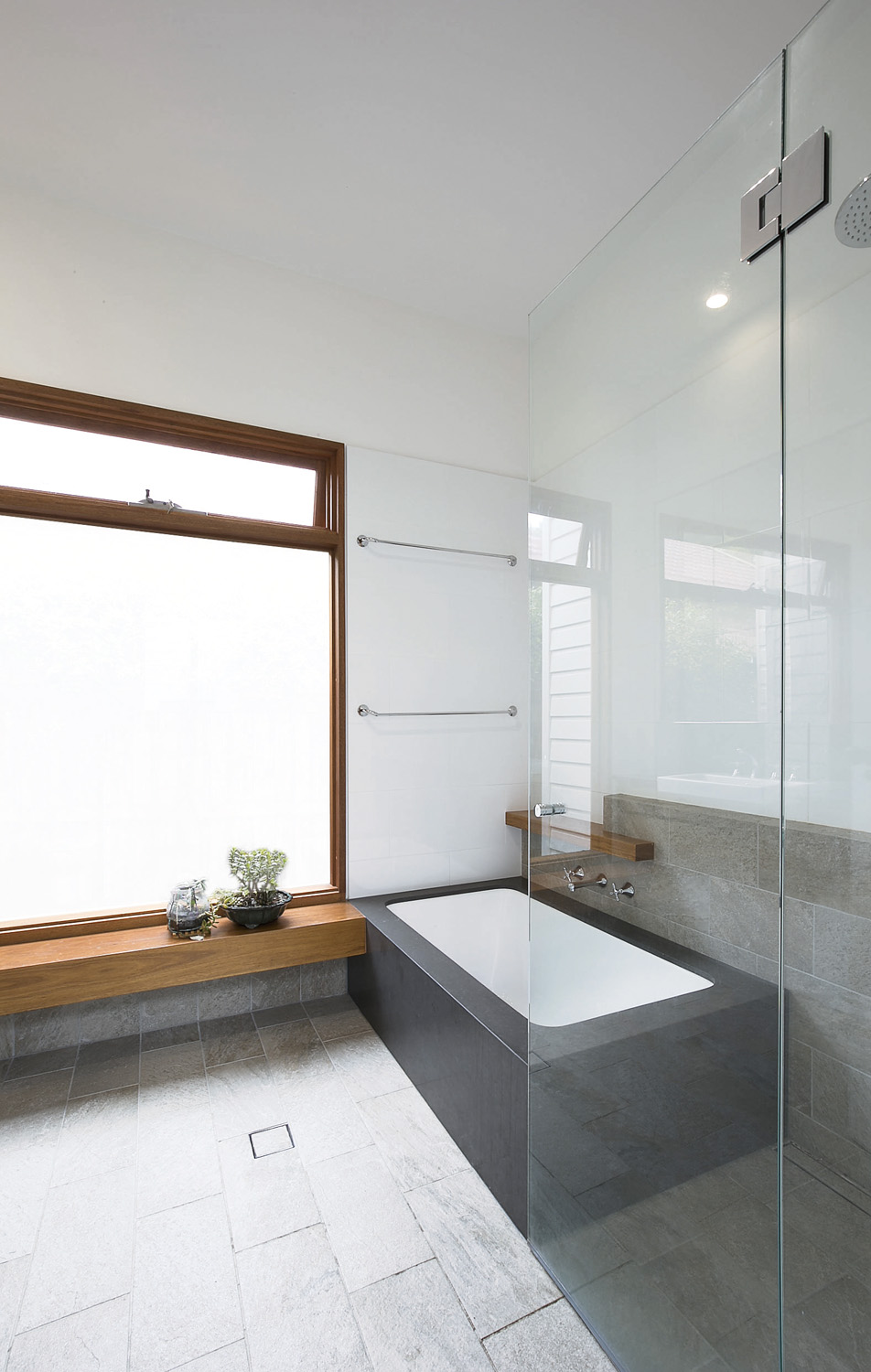 A deep-set bath is the perfect spot to soak the day away