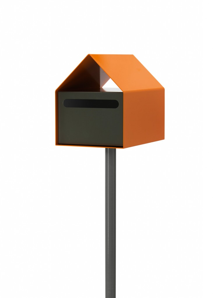 Sleek and modern, the Arko letterbox in orange and grey from Ute Design www.utedesign.com.au