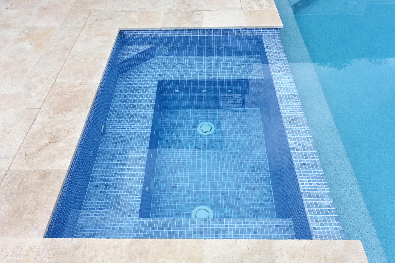 PSS024_Jade Swimming Pools_8122