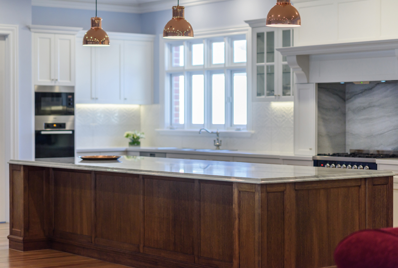 Period-style palace: kitchen design