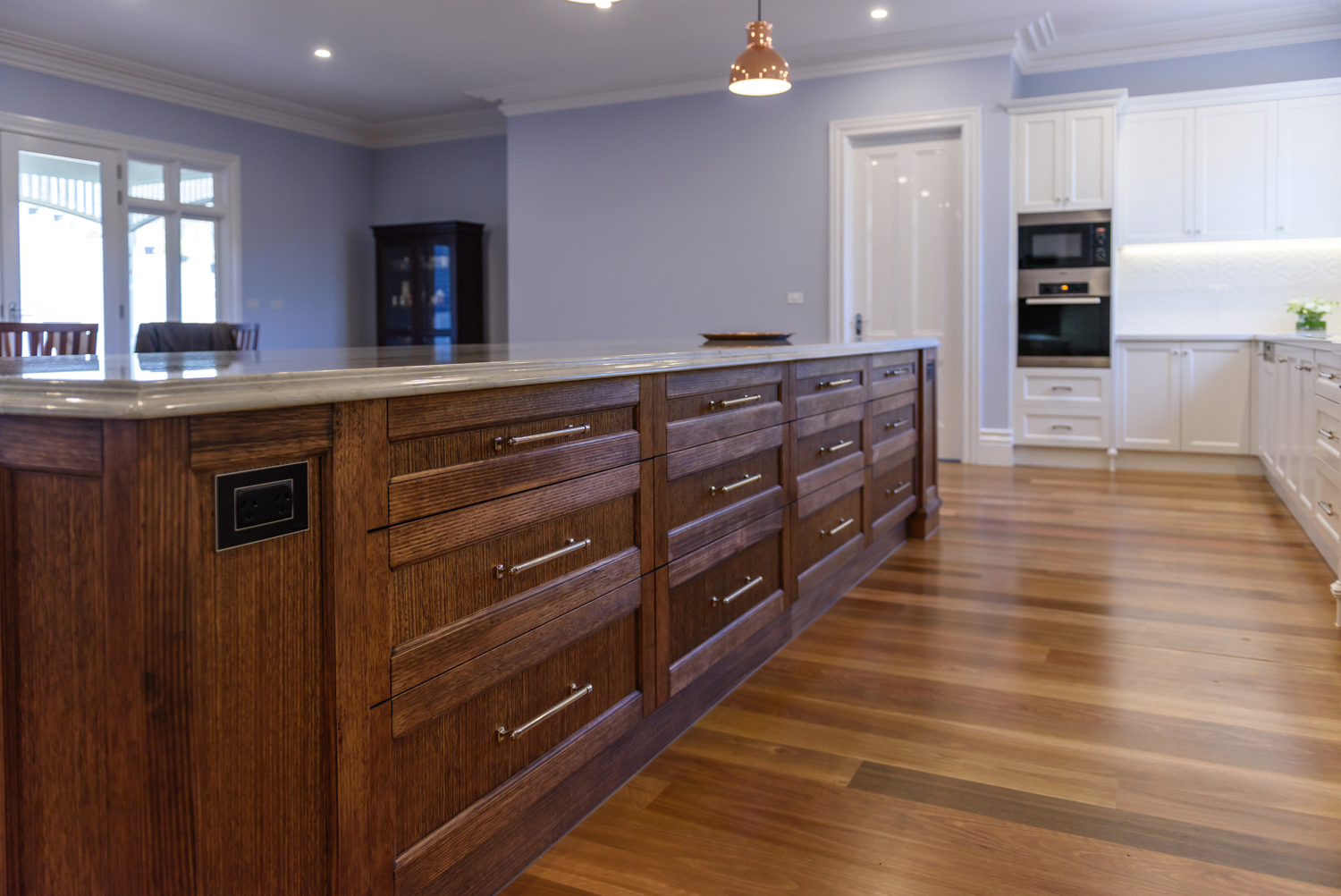 Period Style Palace Kitchen Design Completehome