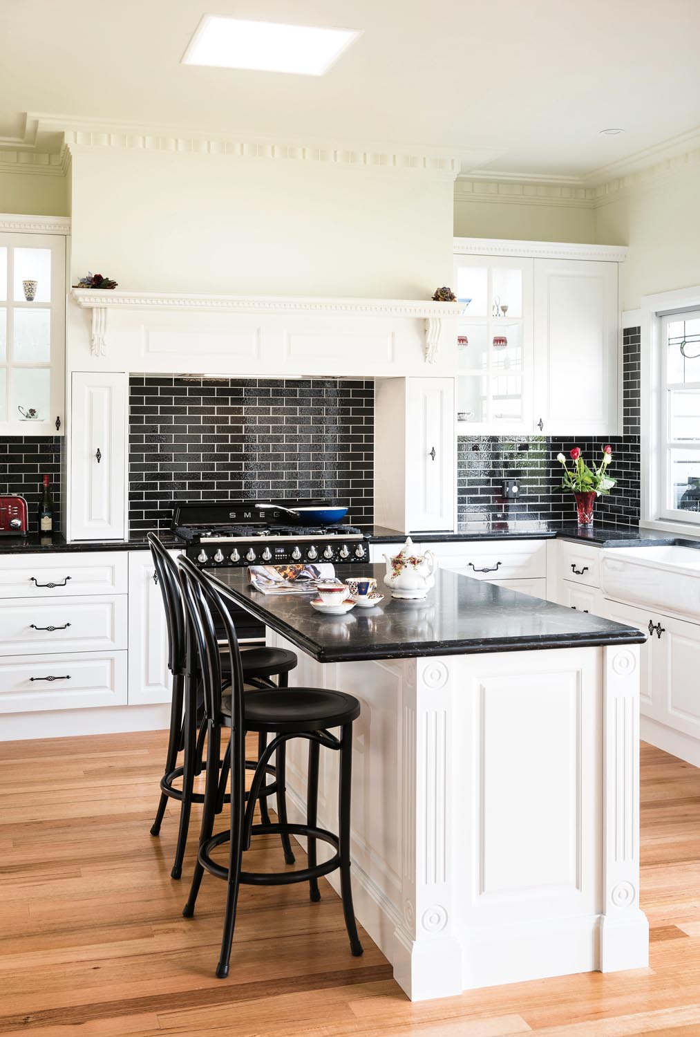 French charm: kitchen design - Completehome