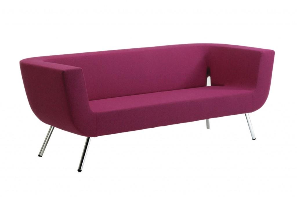 Bono sofa by Diplomat for Artifort in Pinq