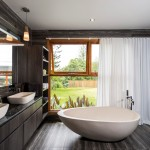 Touch of luxury: clean bathroom design