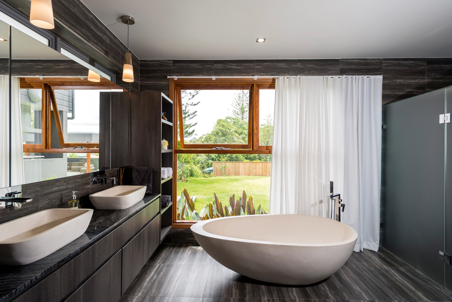 Touch of luxury clean bathroom design completehome for Super modern bathrooms