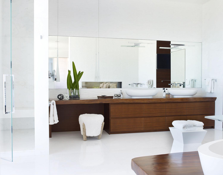 DorotheeJunkin_Vero_Master Bathroom 1