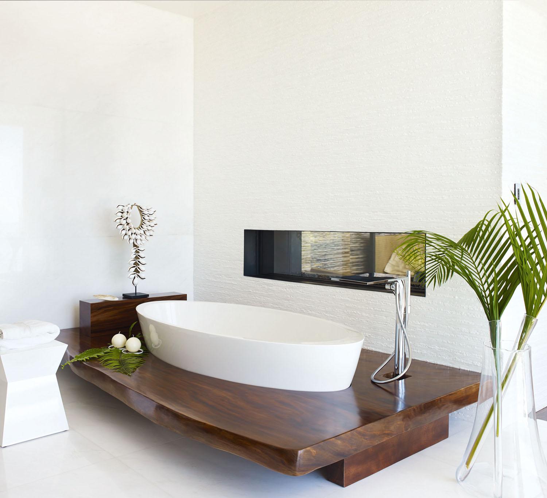 DorotheeJunkin_Vero_Master Bathroom 2