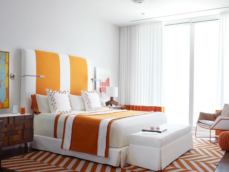 DorotheeJunkin_Vero_Orange Guest Bedroom