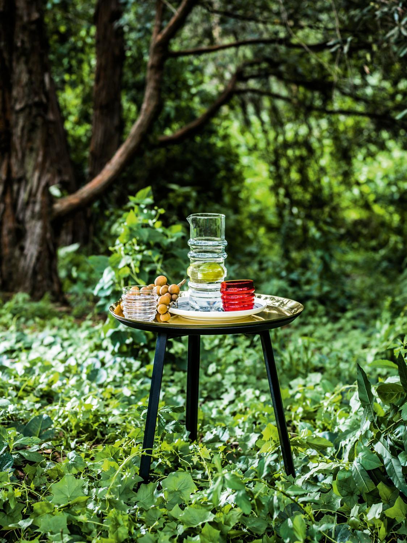 Sukat Makkaralla pitcher, Oiva/Siirtolapuutarha plate and Sukat Makkaralla tumblers. marimekko.com Tailored table. stylecraft.com.au