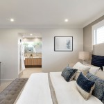 Coastal Façade: a spacious home
