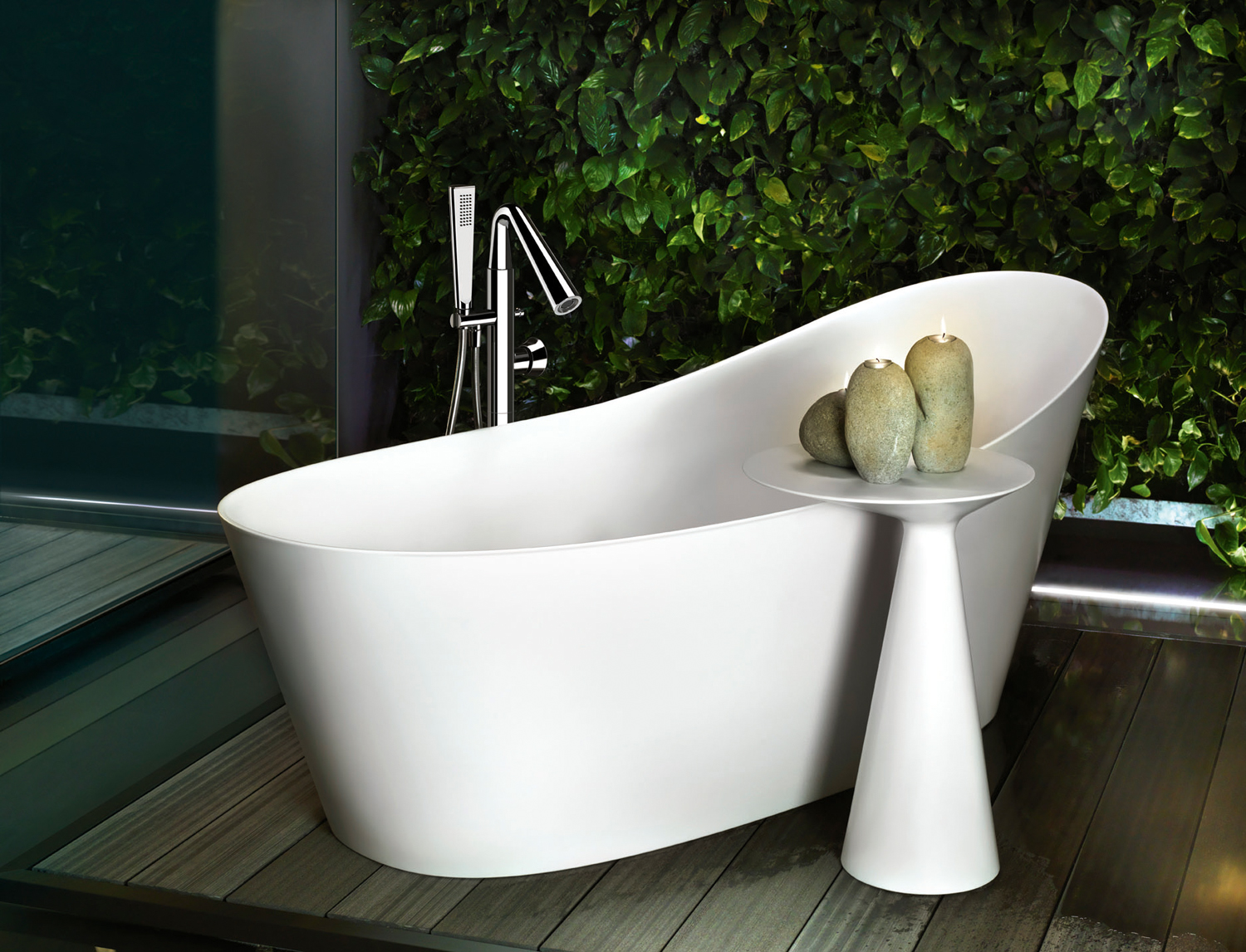 Jungle-inspired bathroom accessories - Completehome