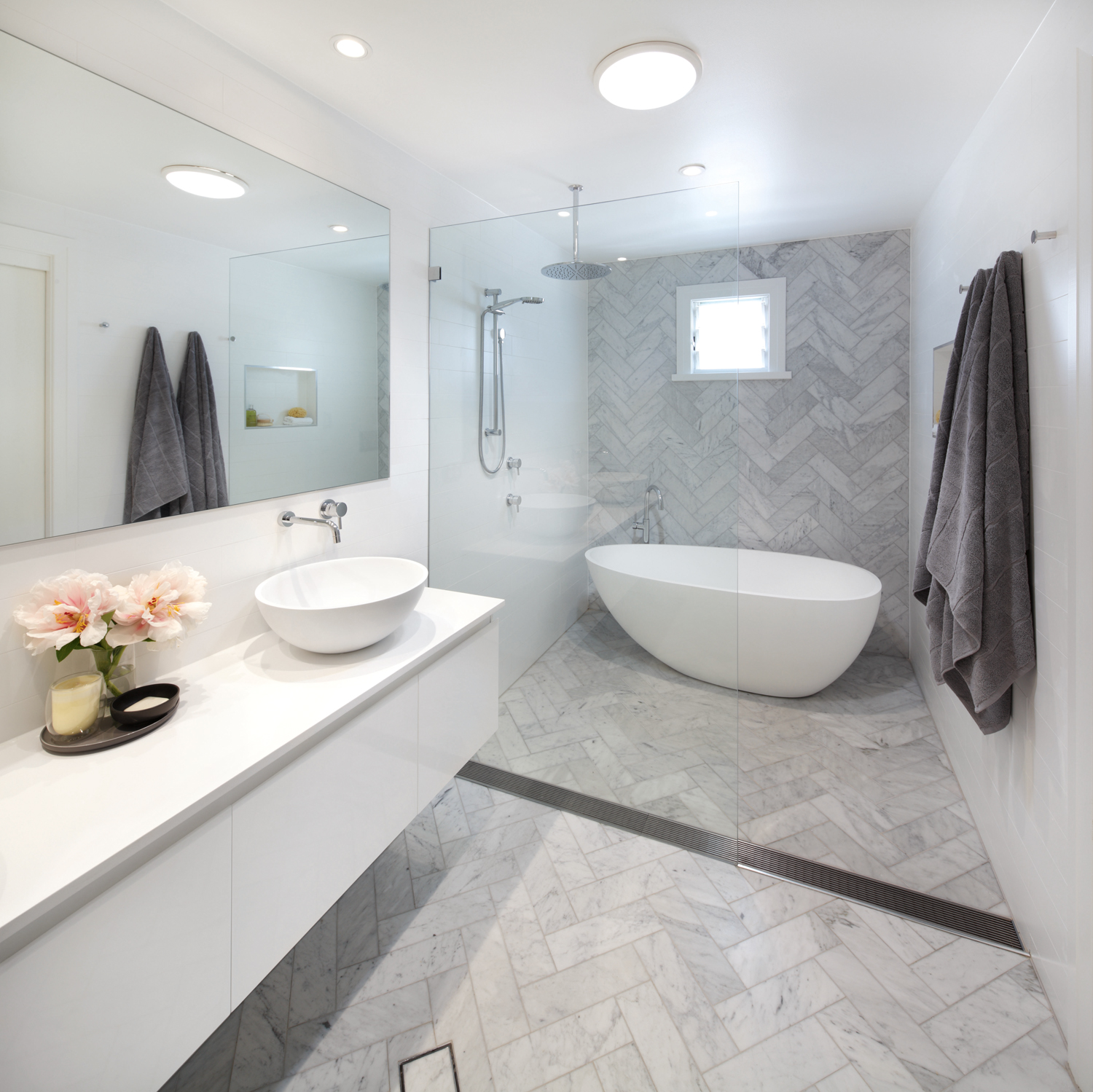 Timeless luxury: bathroom design - Completehome