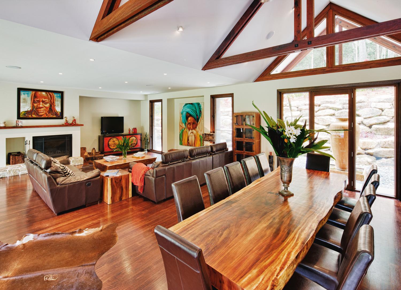 Bushy balinese retreat: home design