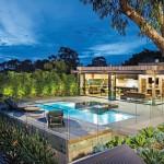 Laidback luxury: rustic garden