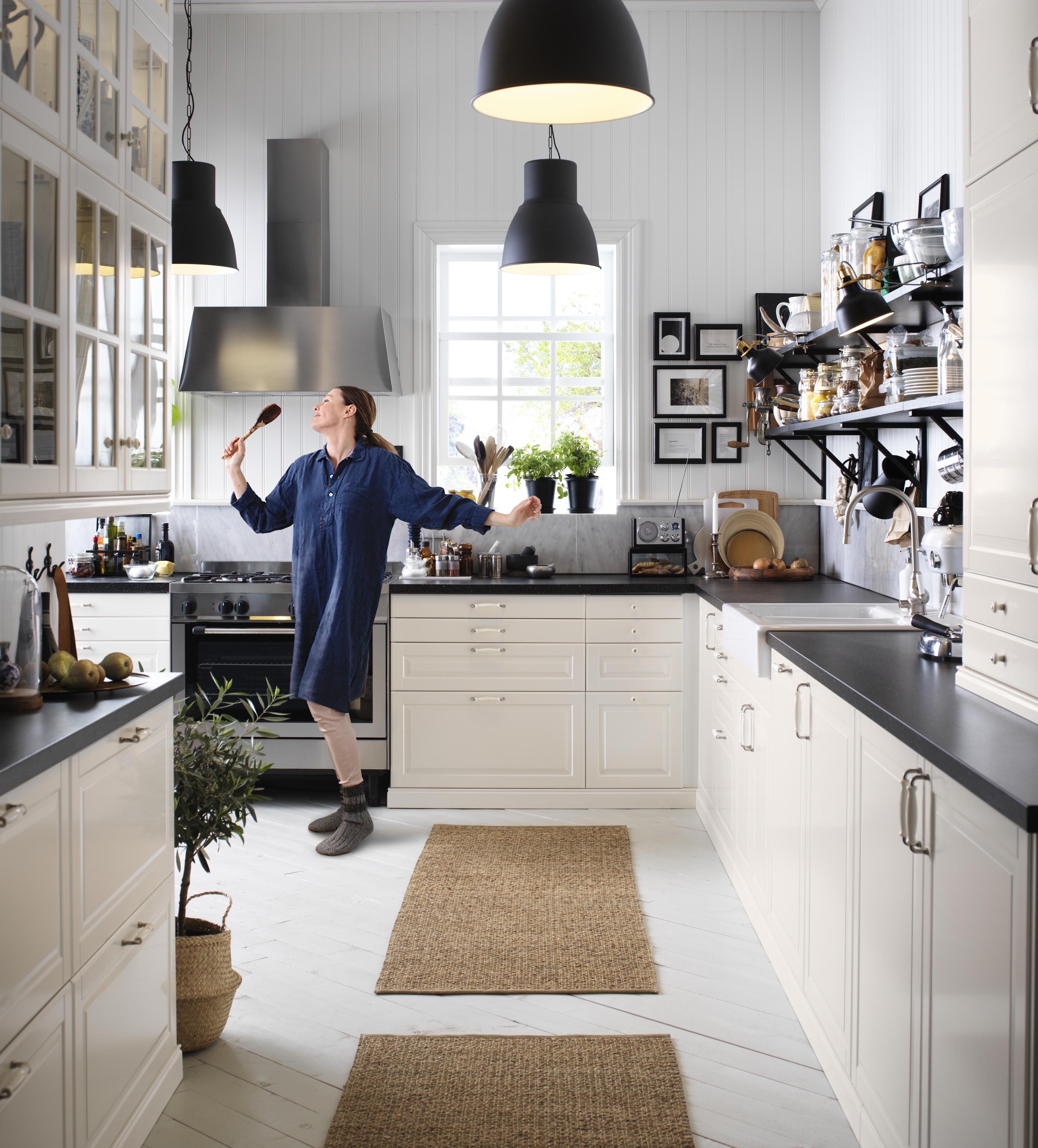 7.  full kitchen PH135792