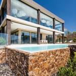 Contemporary elegance: coastal pool