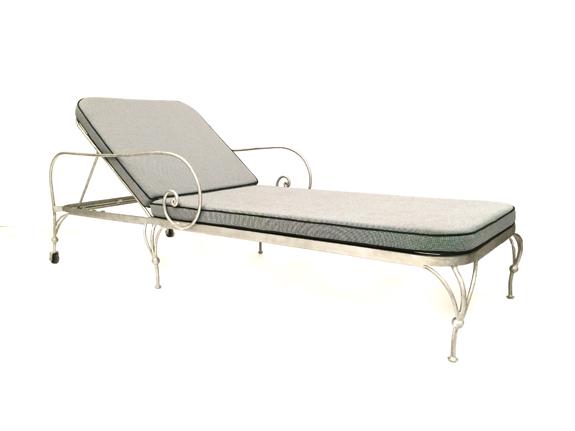 Paris Pool Chaise with Wheels & Cushion