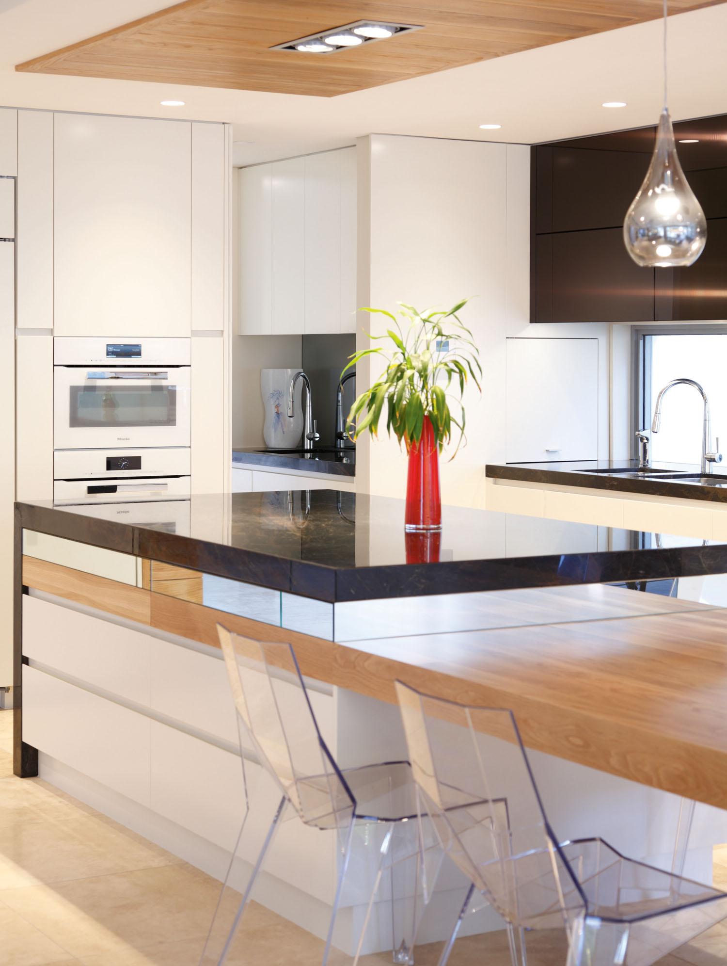 Slice of beauty: kitchen design