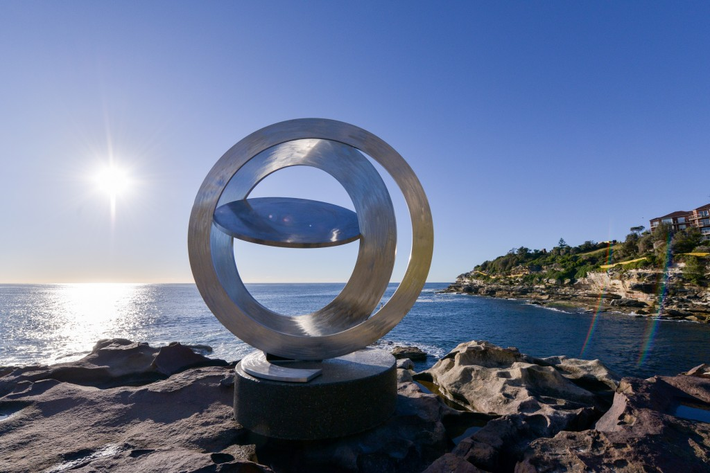 Inge King AM Celestial Rings I(2014) SxSBondi2016