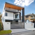 This grand Queensland home offers impressive kerb-side appeal and breathtaking views